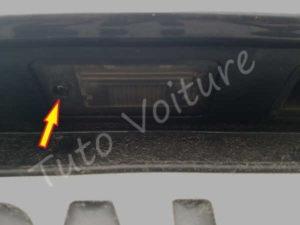 Démontage eclairage plaque - Audi A4 B6 - Tuto voiture