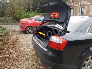 Emplacement vis feux arrière - Audi A4 B6 - Tutovoiture