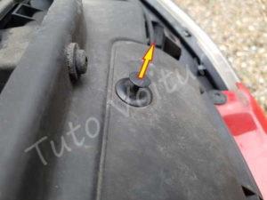 Enlever agrafe calandre - Peugeot 206 cc - Tutovoiture