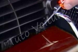 Déclipser la calandre - Peugeot 206 cc - Tuto voiture