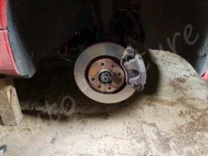 Etrier et disque - Peugeot 206CC- Tuto voiture