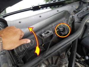 Ouverture compartiement filtre habitacle BMW E60 série 5 - Tutovoiture
