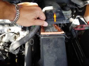 Ouvrir filtre à air - Renault Espace 3 phase 1 - Tuto voiture