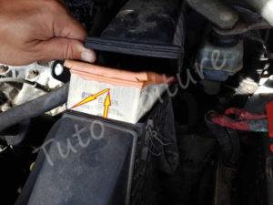 Remplacer filtre à air - Renault Espace 3 phase 1 - Tuto voiture