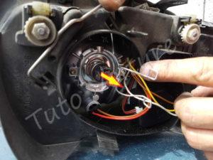 Sortir ampoule Volkswagen Bora - Tutovoiture