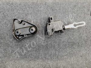 Servomoteur 2sB 8E5 962 115 serrure coffre - Audi A4 B6 - Tuto voiture