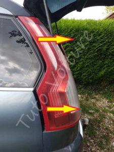 Sortir optique feux arrière - Citroën C4 Picasso - Tutovoiture