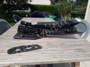 Sortir platine optique feux arrière - Citroën C4 Picasso - Tutovoiture