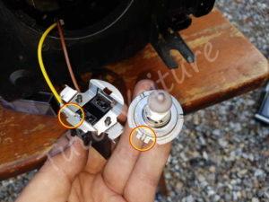 Ampoule et douille croisement - BMW E60 série 5 - Tuto voiture