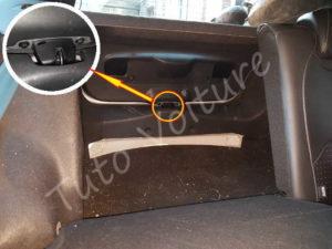 Accès coffre bloqué - Citroën DS3 - Tuto voiture