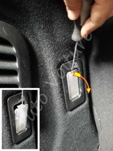 Ouvrir bloc lumière coffre - Citroën DS3 - Tuto voiture