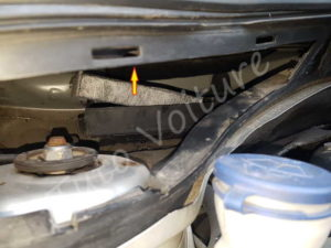 Sortir filtre habitacle - Citroën DS3 - Tuto voiture