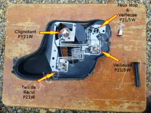 Position de feux sur platine arrière - Citroën DS3 - Tuto voiture