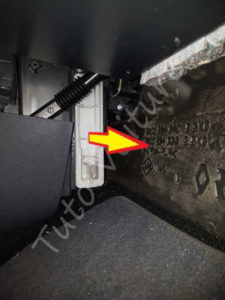 Retirer filtre pollen - Renault Clio 3 - Tutovoiture