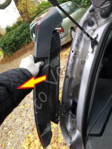 Enlever optique feux arrière - Opel Corsa C - Tutovoiture