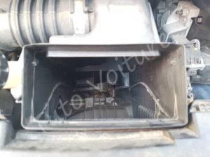 Nettoyage boîte filtre à air - Renault Clio 3 - Tutovoiture