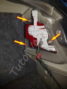 Fixation feux arrière - Ford Mondeo 3 - Tuto voiture