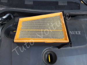 Retirer filtre à air - Renault Megane 2 - Tutovoiture