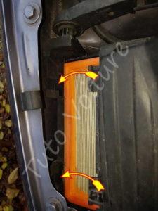 Position pattes de fixation du couvercle de la boite à air - Opel Corsa - Tutovoiture