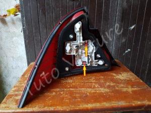 Sortir platine feux arrière - Ford Mondeo 3 - Tuto voiture