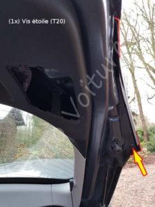 Vis le bloc optique des feux arrière -Renault Megane 3 - Tutovoiture
