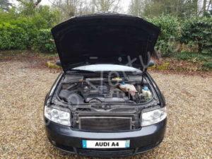 Audi A4 capot ouvert - Tuto voiture