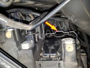 Tringle ressort boite eclairage - Audi A4 B6 - Tuto voiture