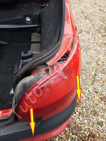 Retirer feux arrière - Peugeot 206 - Tuto voiture