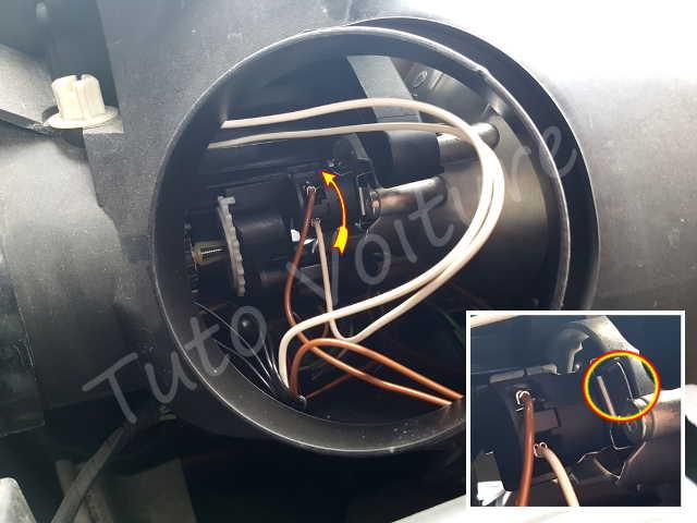 comment changer une ampoule avant c4 picasso tuto voiture. Black Bedroom Furniture Sets. Home Design Ideas