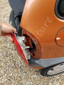 Retirer optique arrière - Opel Corsa B - Tutovoiture
