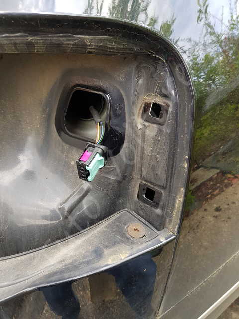ampoule arri re et bloc optique d 39 une volkswagen passat comment le changer tuto voiture. Black Bedroom Furniture Sets. Home Design Ideas