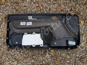 Vue de la garniture de porte - Peugeot 206 - Tutovoiture