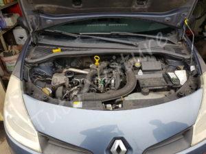 Ouvrir capot Renault Clio 3