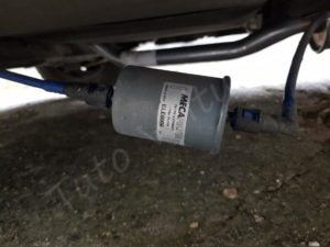 Remplacer le filtre à essence - Opel Corsa