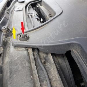 Ouvrir le couvercle boite a air BMW Série 1