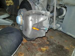repousser les pistons de frein mercedes class A