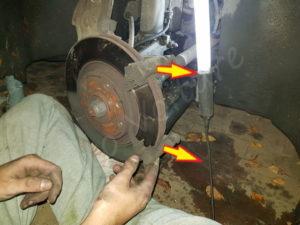 changer disque de frein peugeot 207