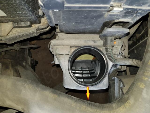Remplacer son filtre à air Alfa 147