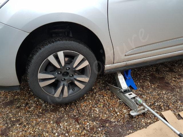 Démontage roue Citroën DS3