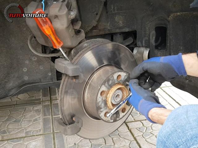 Fixation disque de frein BMW 3 F30