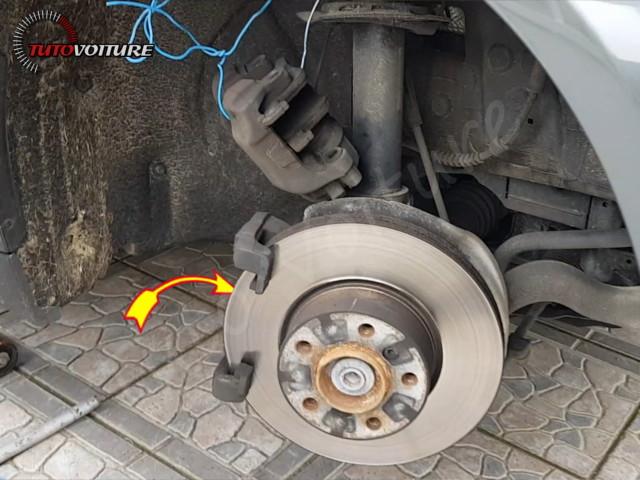 Vis plaquette de frein BMW 3 F30