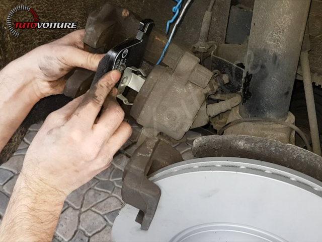 remplacer plaquettes de frein BMW 3 F30