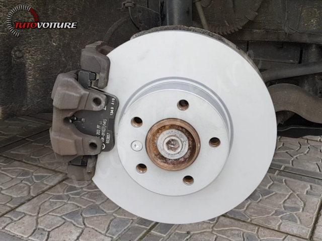 Installer plaquettes de frein BMW 3 F30