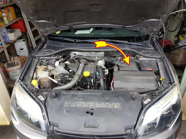 Comment remplacer le filtre à air - Renault Laguna 2