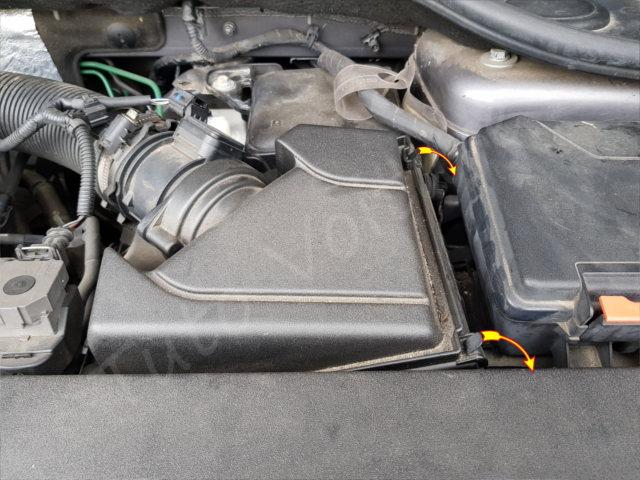 Remplacer le filtre à air - Renault Laguna 2