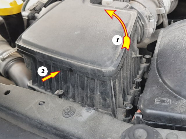 Remplacer filtre à air - Renault Twingo