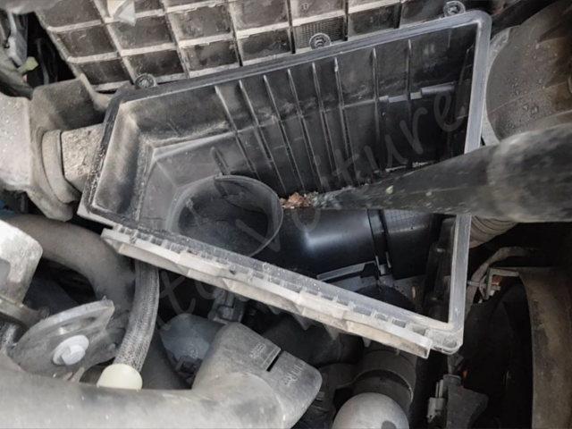 tuto filtre à air - Renault Twingo