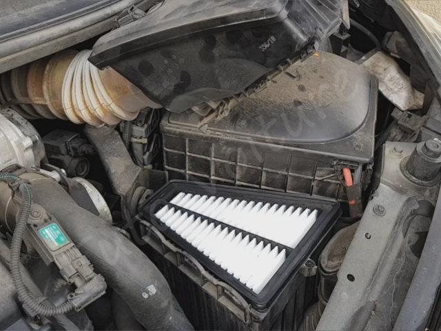 Comment changer son filtre à air - Renault Twingo