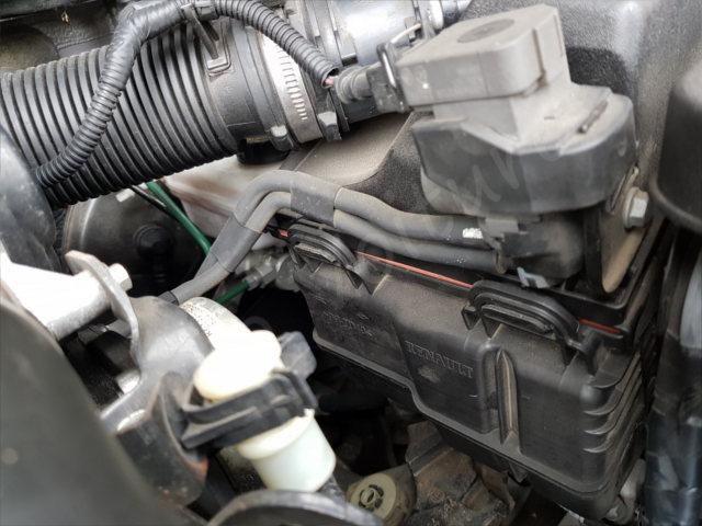Comment remplacer sont filtre a air Renault Laguna 2