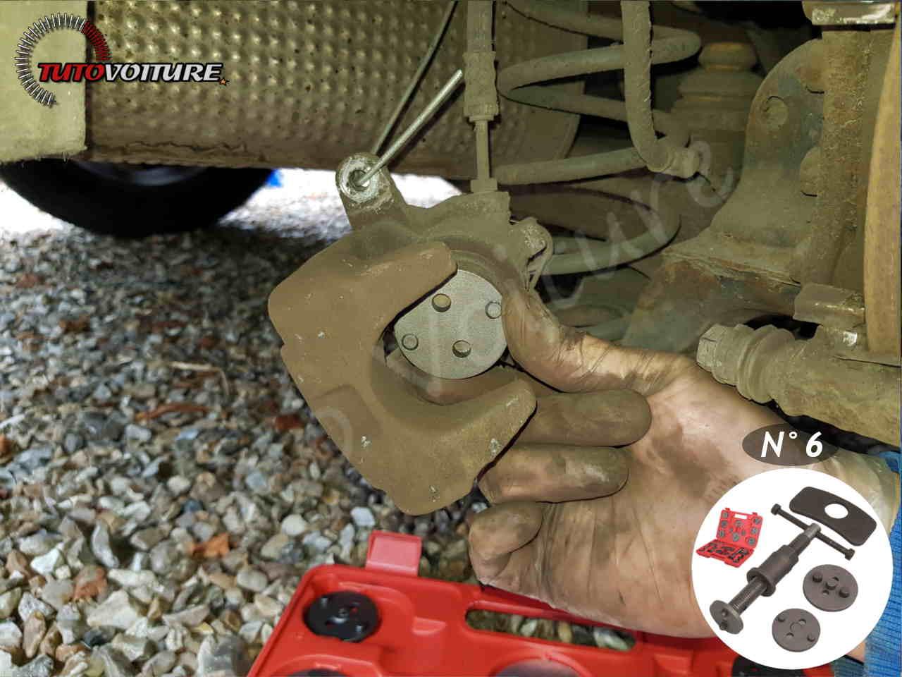Comment marche un repousse piston de frein
